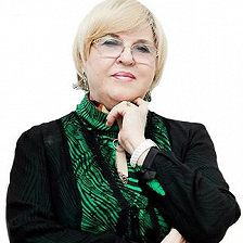 Нелли Власова