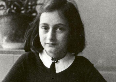 В Москве открылась выставка «Анна Франк. Дневники Холокоста»