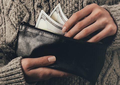 Как управлять деньгами: грамотно копить и тратить
